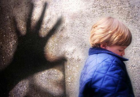 Pedofilia online: 97 indagati in 28 Nazioni, 9 in Italia