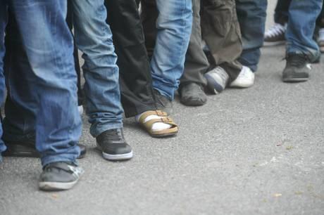Profughi eritrei liberati dai trafficati e torturati dalla polizia egiziana
