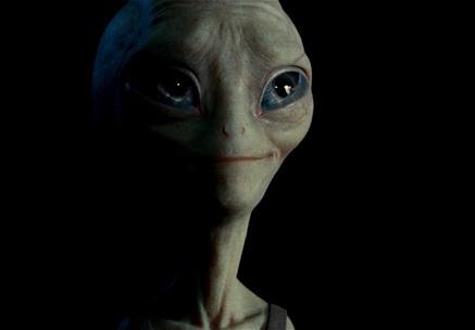 Invasione aliena extraterrestre mitigata della Terra, coinvolte più specie ET, l'arena dei giochi interstellari è sotto scacco