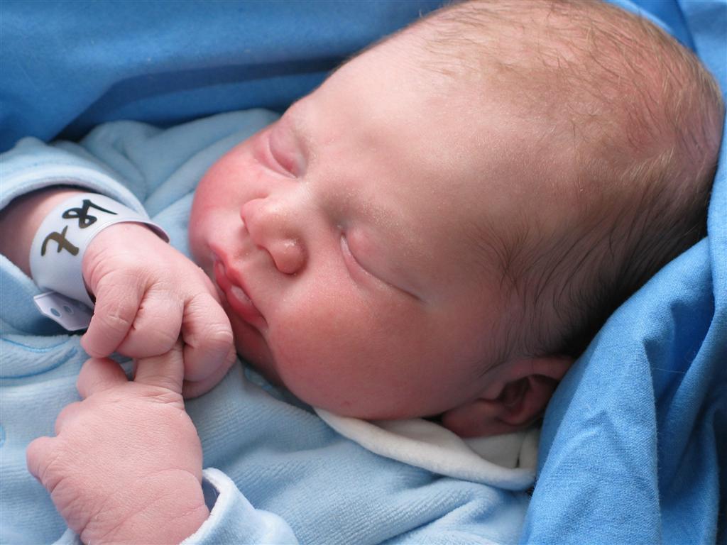 2 9 milioni di bambini perdono la vita entro i primi - Foto di bambini piccoli ...