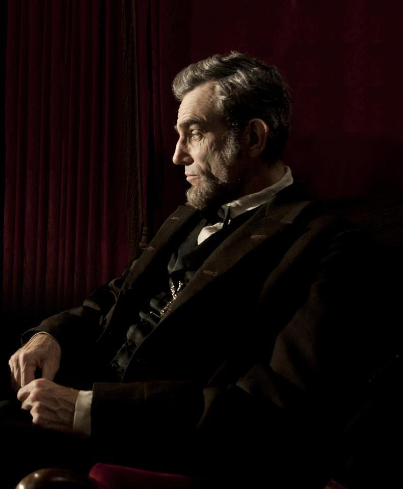 Abraham Lincoln alias Daniel Day-Lewis nel kolossal di Steven Spielberg