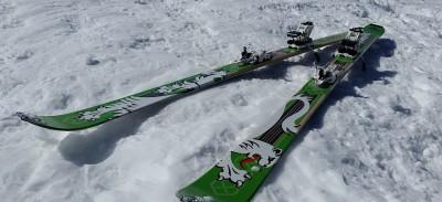 touring-skis-635970_1280