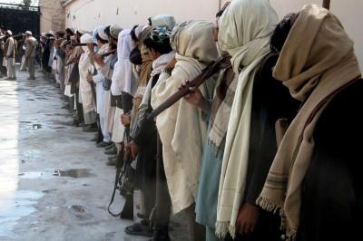 Talebani combattono in Nangarhar
