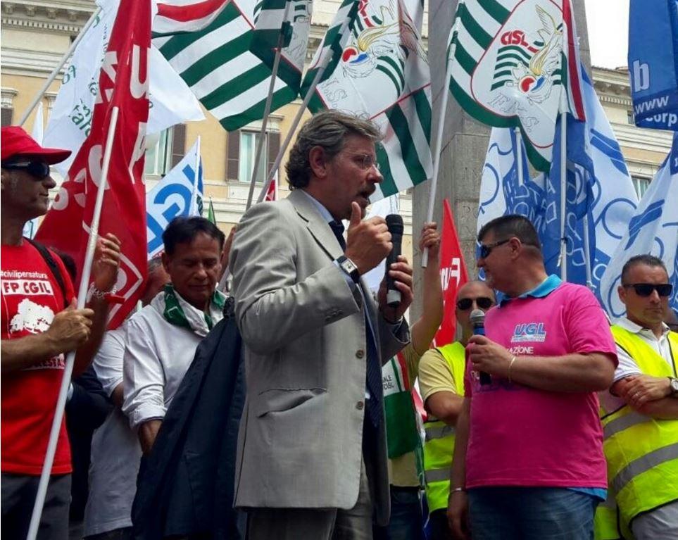 Acciaierie Terni, decine di arresti per presunta truffa - Forestale