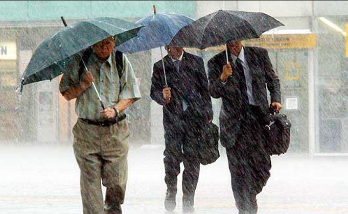 Previsioni meteo ogggi: mediamente stabile, qualche debole pioggia al Nord